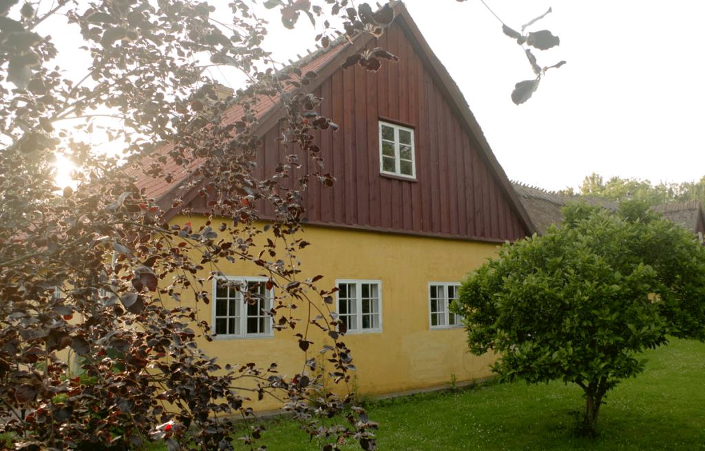 Refugiet på Vindbyholtgård rummer tre dejlige værelser.