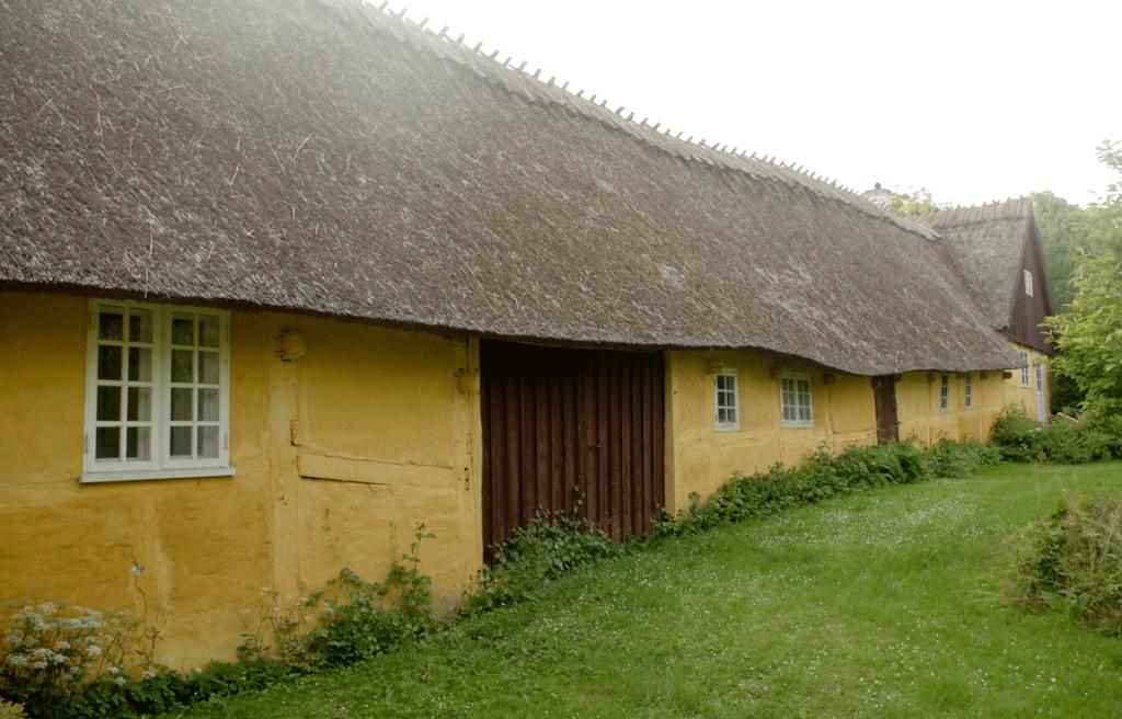 Vindbyholtgårds refugium ligger i smukke naturomgivelser.